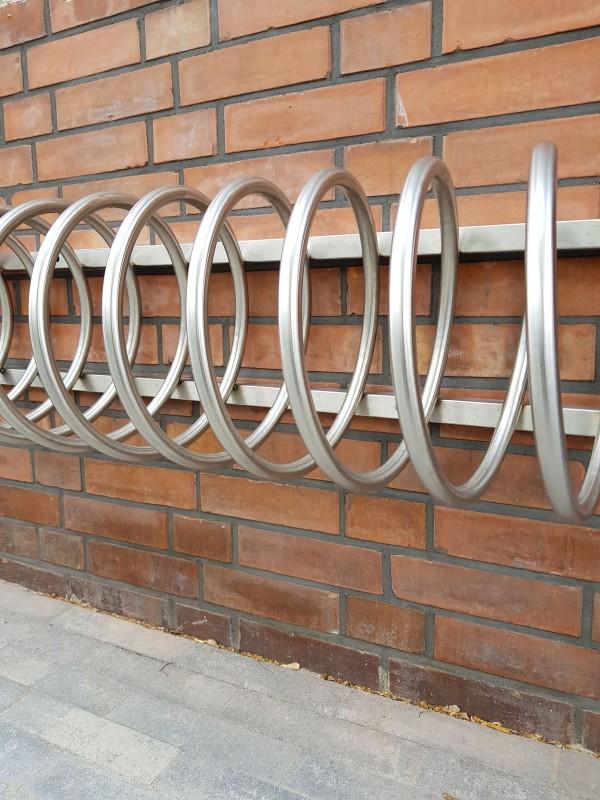 Fahrradständer aus Edelstahl 14 Inter-Play Spielplatzgeraete Park