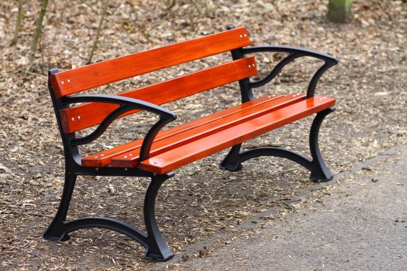 Cast-iron bench 01 Inter-Play Spielplatzgeraete