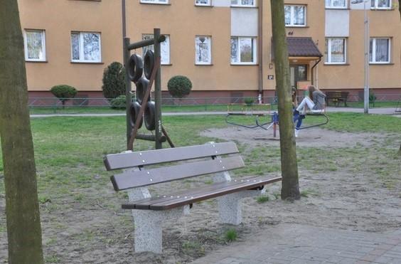 Beton Sitzbank 02 Inter-Play Spielplatzgeraete