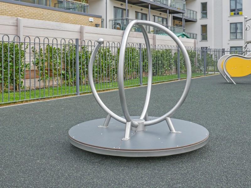 GLOBO Inter-Play Spielplatzgeraete