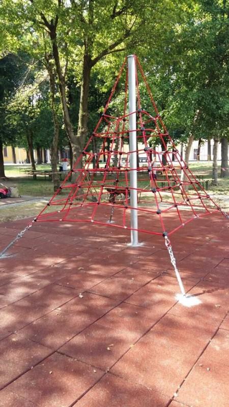 Mt. MNICH Inter-Play Spielplatzgeraete