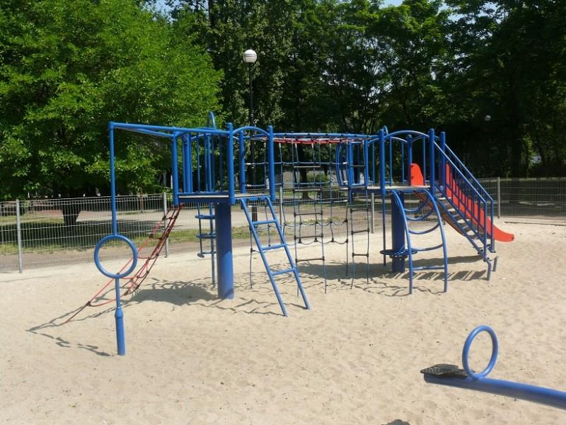 ANDROMEDA Inter-Play Spielplatzgeraete