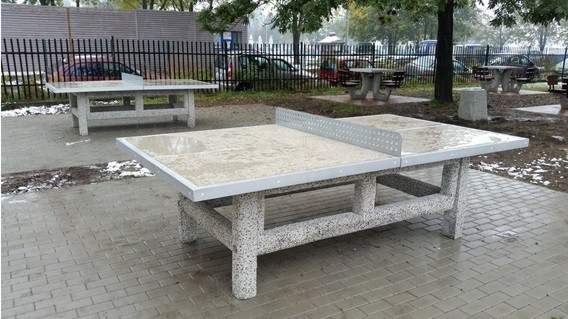 Tischtennisplatte 2 Inter-Play Spielplatzgeraete