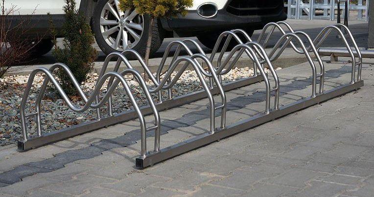 Fahrradständer aus Edelstahl 16 Inter-Play Spielplatzgeraete