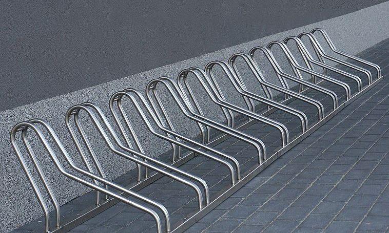 Fahrradständer aus Edelstahl 21 Inter-Play Spielplatzgeraete